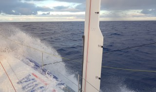Photos du bord - Route du Rhum © SMA